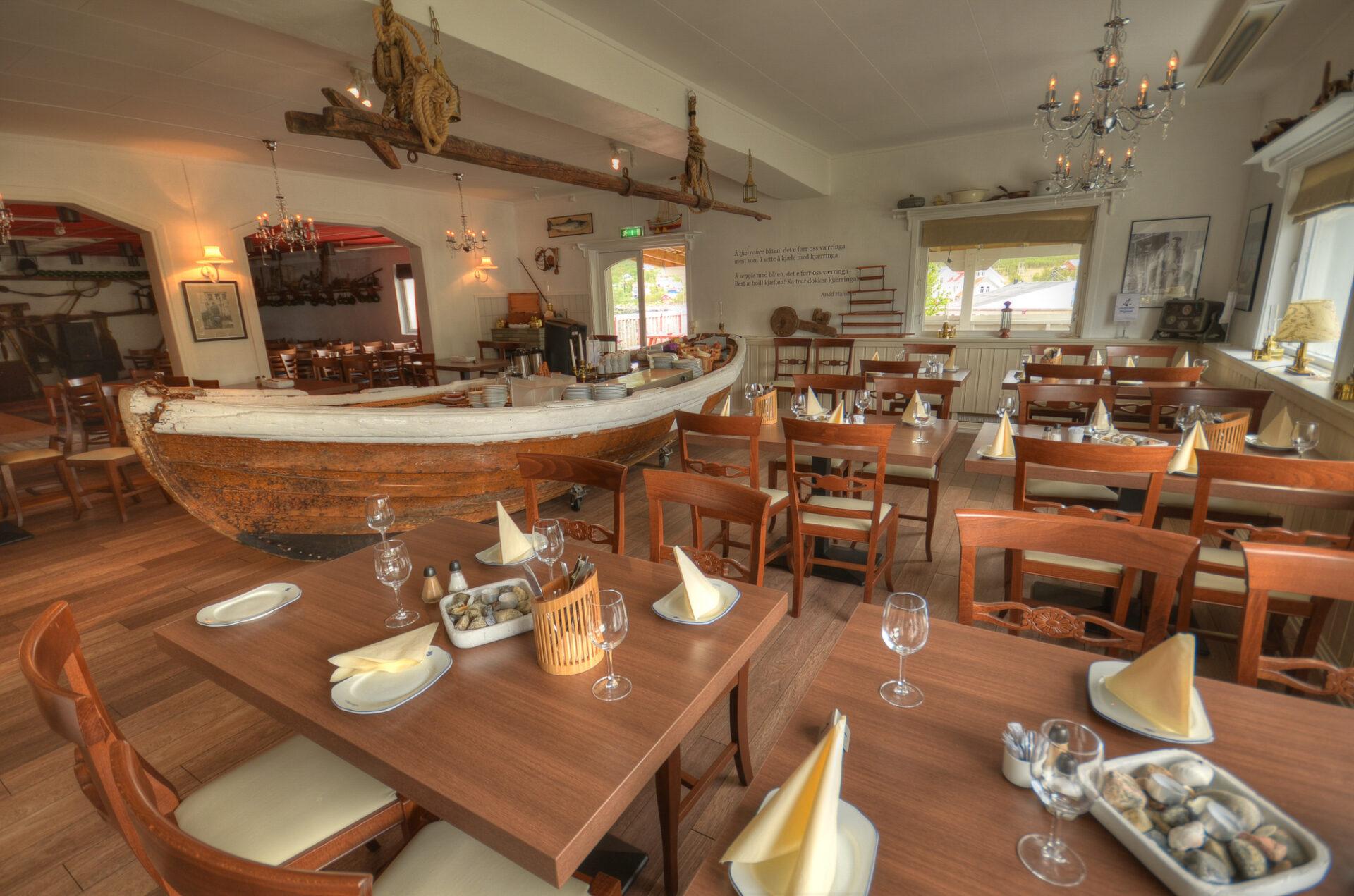 Het restaurant bij Mefjord Brygge